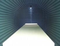Chambre anéchoïde, isolation, CEM, EMI